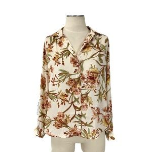 H&M- Long Sleeved Peach Floral Blouse Size 6
